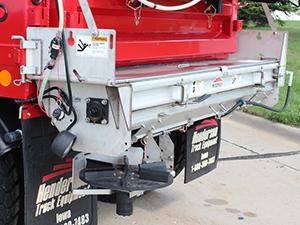 Tailgate Salt Spreader >> Trailer Truck Equipment News Semi Services Blog