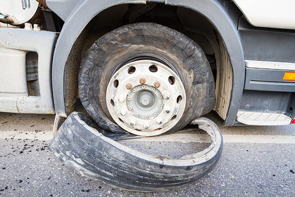 Semi Truck Tires Near Me >> Trailer Truck Equipment News Semi Services Blog
